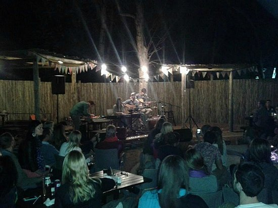The Blue Crane Restaurant and Bar: Acoustic fund raises held in the boma