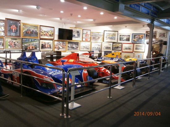 The Mansell Collection: Racing Cars