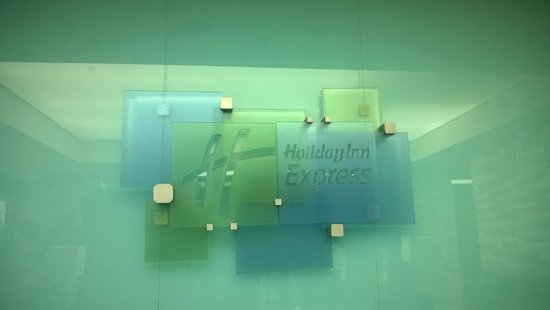 Holiday Inn Express Bogota - Parque La 93: Lobby del hotel