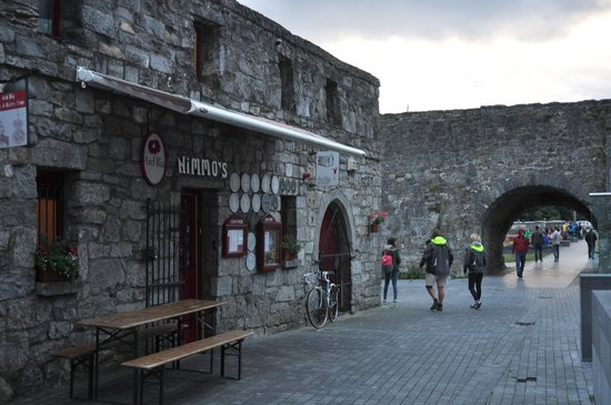 Ard Bia at Nimmo's: Ard Bia Restaurant, Galway
