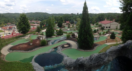 Bavarian Mountain Miniature Golf
