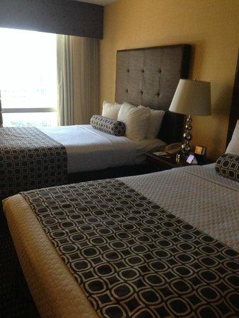 Crowne Plaza Hotel Dallas Downtown : Room