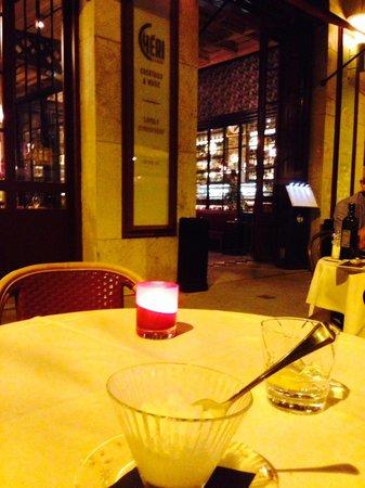 Trobador Enric Granados : Outside view of the restaurant