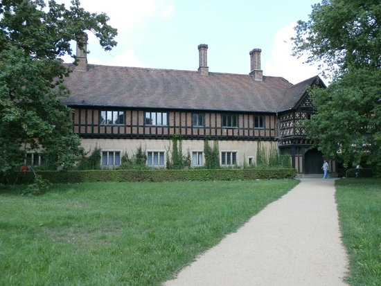 Schloss Cecilienhof: Palace exterior