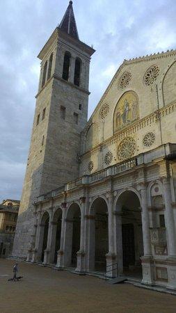 Spoleto, Włochy: Il Duomo