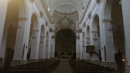 Duomo di Spoleto: L'interno del Duomo