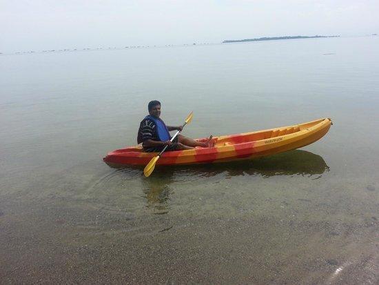 Sahid Bintan Beach Resort: The serene beach for Kayaking