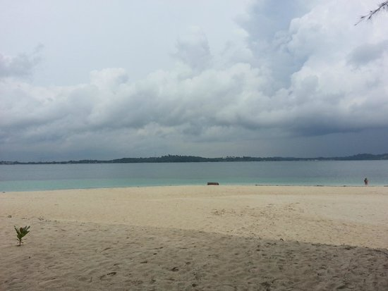 Sahid Bintan Beach Resort: The Island beach where you can do snorkeling