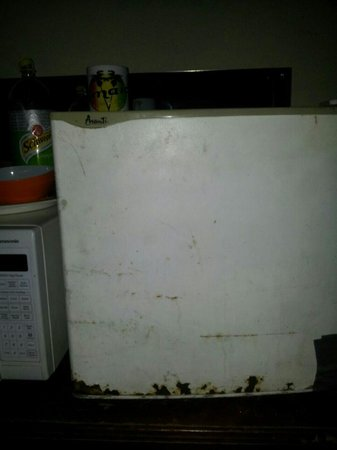 Salem Resorts: This was the fridge top that was provided in my room
