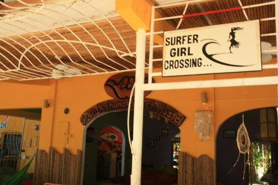 Gran Kahuna Beach Hostel: recepcion