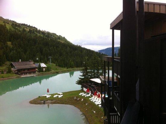 Mercure Courchevel: vue sur le lac
