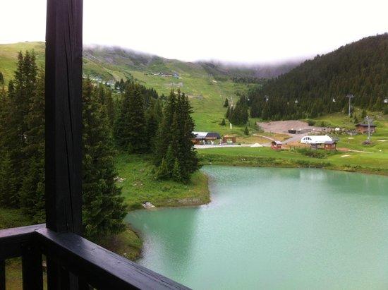 Mercure Courchevel: vue lac cote saulire