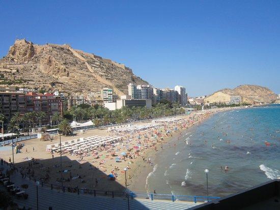 Melia Alicante: vue de la terrasse de la chambre 2°étage