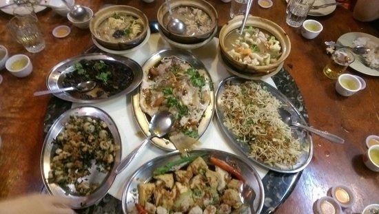Hakka Zhan Restaurant: Helluva hakka food