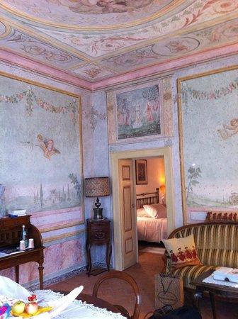 Agriturismo L'unicorno: Gli Amorini: Wohnzimmer, Schlafzimmer, Bad