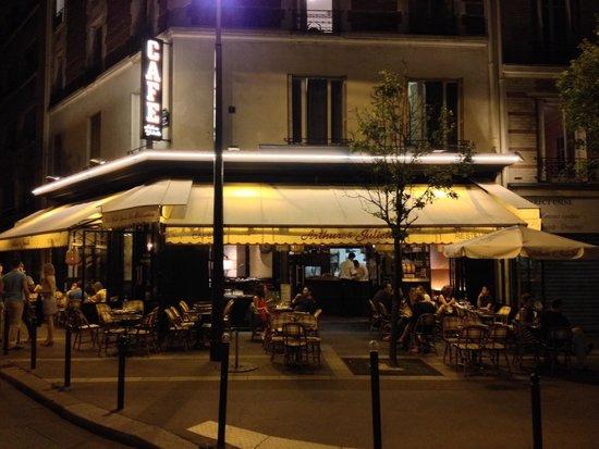 Cafe Arthur et Juliette: Café Arthur & Juliette, nuit de juillet