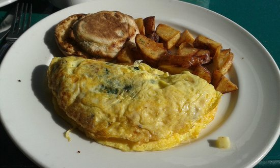 National Hotel: The National Omelet (Cheese, Spinach, and Sausage) with Home Fries and Eng. Muffin.