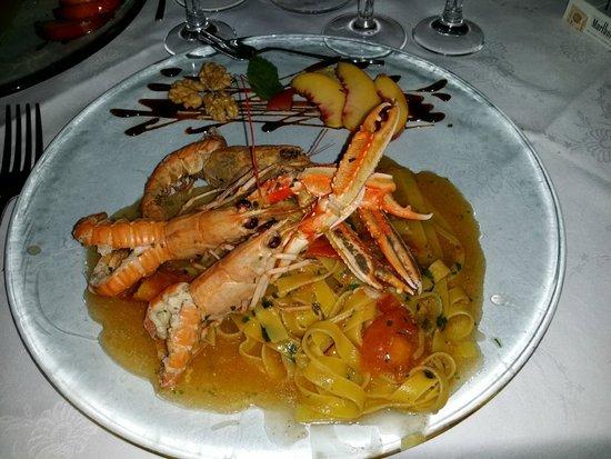 Bientina, Italien: Primo piatto a base di scampi.... dosi generose, ottimo piatto e cura nella presentazione