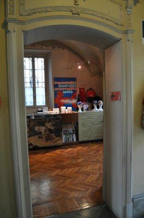 Museo Internazionale Croce Rossa : book shop