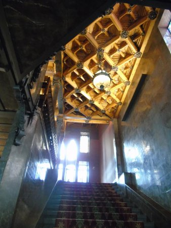 Palau Güell: escalier