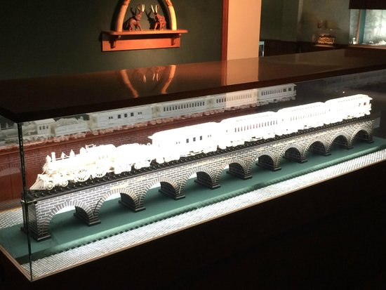 Ebony train