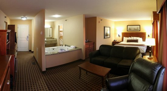 Grand Forks, ND: Jacuzzi Suite