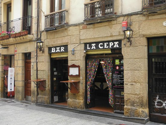 Bar La cepa : The place to go!