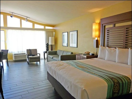 Paradise Point Resort & Spa: Our jr. suite