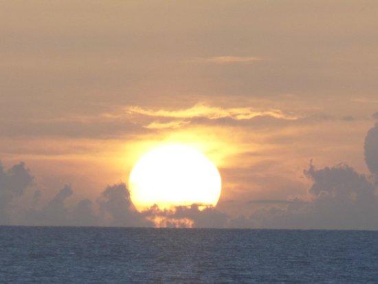 Blue Waters Antigua : beautiful sunset