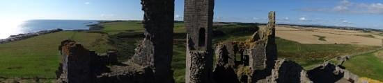 Dunstanburgh Castle: panoramic of the area from the tower