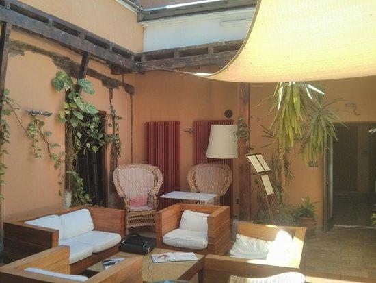 La Casa del Abad Hotel Spa : Salón descubierto