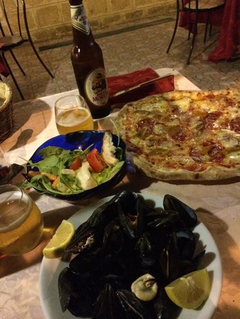 Il Faraone : Lovely mussels and pizza!