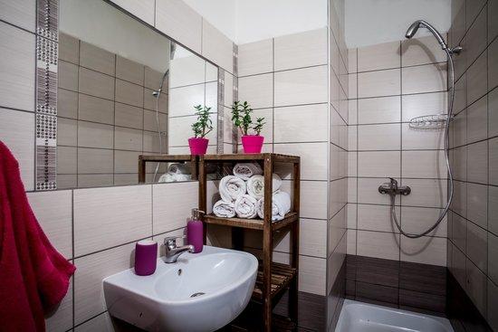 Art Hole: Bathroom