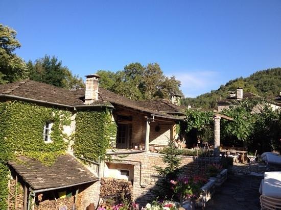 Astra Traditional Inn: the garden restaurant