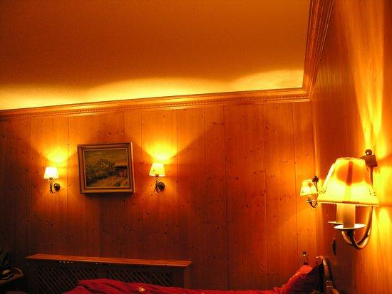 Alpe Fleurie Hotel & Residence: Zimmer