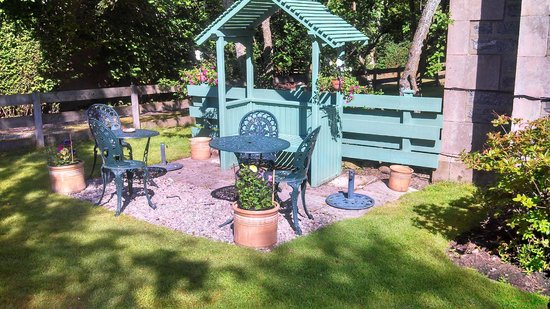 Arden House : Lovely area to relax and reflect