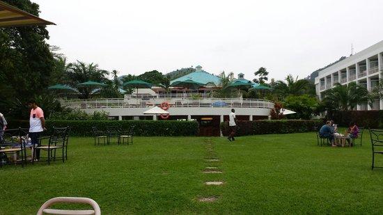 Lake Kivu Serena Hotel : Garden view
