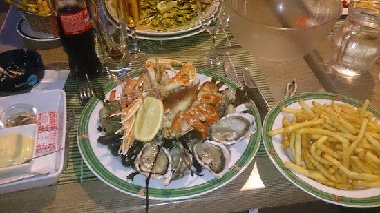 Le Saint Gilles : assiette de fruits de mer.
