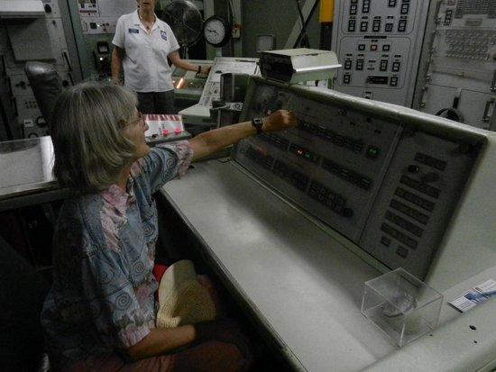 Titan Missile Museum : Commander Diane launches her Titan II Missile.
