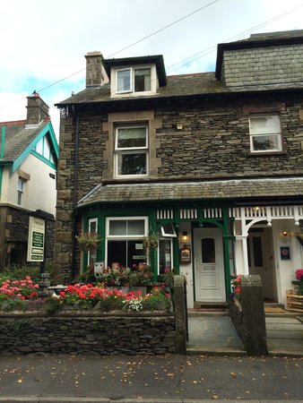 Dunvegan Guest House: Hotel from outside