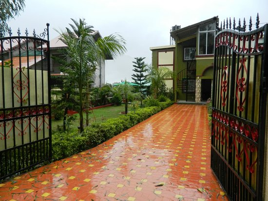 maryam house guest house reviews panchgani maharashtra