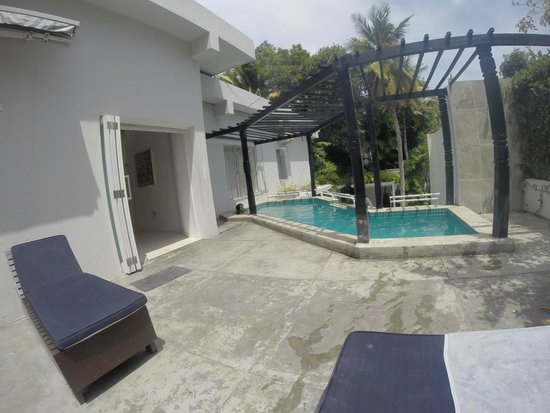 Colombo Hotel by Ceilao Villas: the little pool