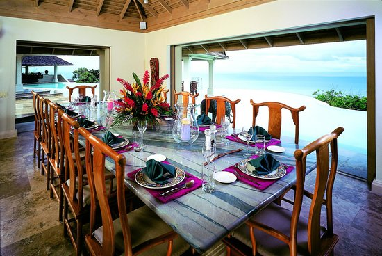 Silent Waters Villa: Dining Table
