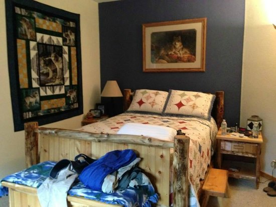 Mountain Comfort Bed & Breakfast : Wolf Room