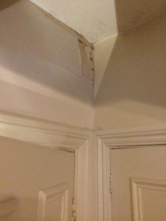 Hatton Court Hotel: Room 2 Above Door