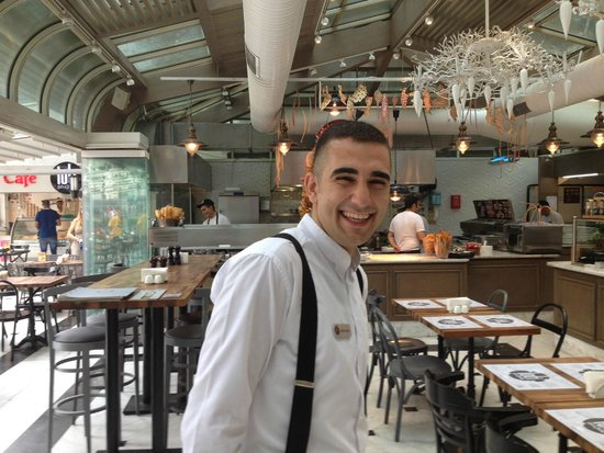 Pierre Loti Hotel: staff