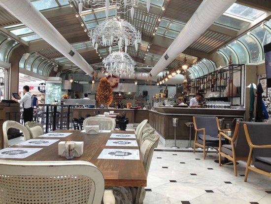 Pierre Loti Hotel: restaurant