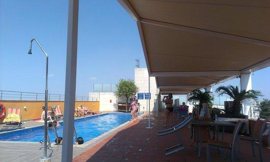 Novotel Sevilla: piscine