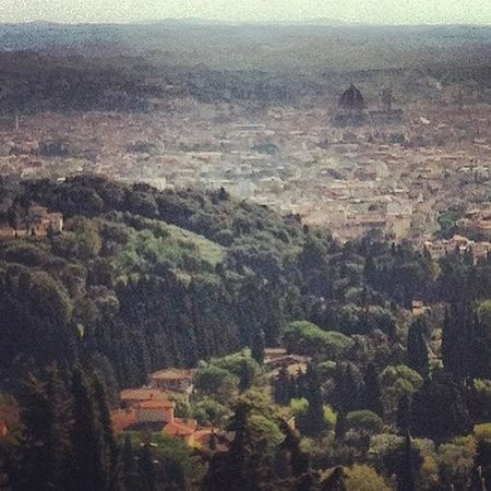 San Domenico Fiesole: Hazy view of Florence and the Duomo