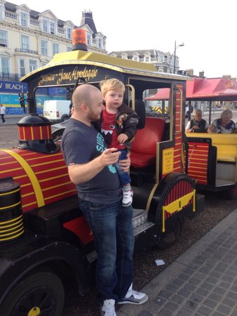 Great Yarmouth Marine Parade: Train ride